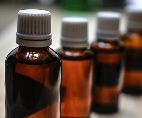 Mit CBD Öl Schmerz behandeln