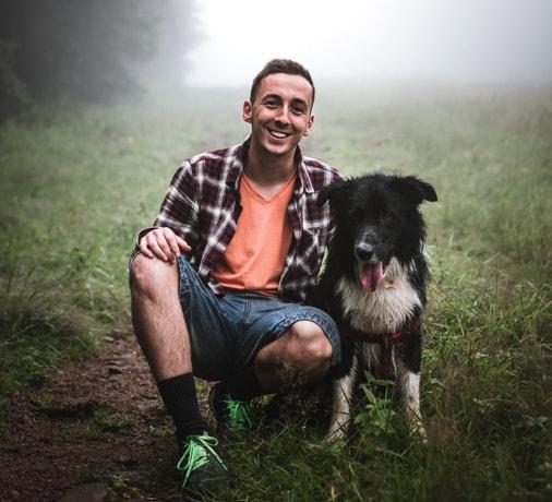 Hundehalter können mit CBD Gesundheit ihres Hundes unterstützen