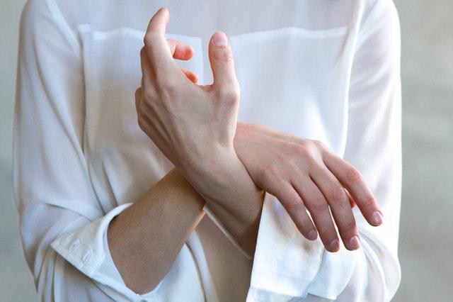 Rheumaschmerzen erfolgreich mit CBD Öl behandeln